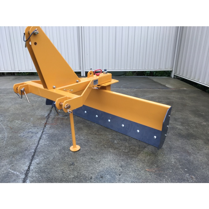 Novaquip 1.5m Grader Blade with angle and tilt